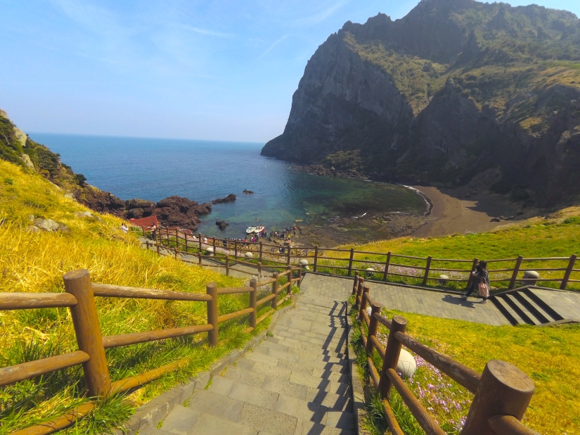Pengalaman Seru di Korea Selatan [Jeju – Jinhae -Seoul] – Bagian 2 (Seongsangilchulbong)